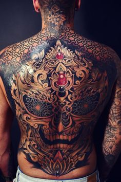3 days in a row, 32 hours. Palermo tattoo expo 2017 3 days in a row, 32 hours. Back Piece Tattoo Men, Chest Piece Tattoos, Back Tattoos For Guys, Pieces Tattoo, Full Back Tattoos, Tattoos For Women, Black Ink Tattoos, Body Art Tattoos, Sleeve Tattoos