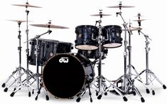 Not a fan of finish ply on anything more than just a single snare or timbale, but this kit finished in black velvet doesn't bother me at all. It would look great under stage lighting I bet.