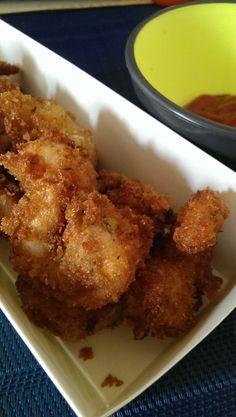 Fried Shrimp! Check it out over at   www.omgyoucancook.com/2014/02/fried-shrimp.html