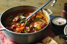 Beef Goulash Soup, Goulash Soup Recipes, Beef Recipes, Cooking Recipes, Healthy Recipes, Beef Broth, Delicious Recipes, Easy Recipes, Beef And Potatoes