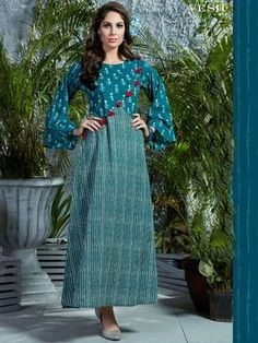 Skirt long midi blouses 45 Ideas for 2019 Kurta Designs Women, Kurti Neck Designs, Dress Neck Designs, Salwar Designs, Blouse Designs, Cotton Kurtis Designs, Kurti Patterns, Dress Patterns, Kalamkari Designs