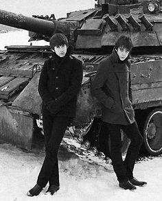 アレックス・ターナーと盟友マイルズ・ケインのバンド『ラスト・シャドウ・パペッツ』