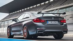 10/2015 BMW M4 GTS 7:28 Nurburgring record for serie production cars