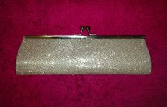 WIN This Sparkly Sofia Moore Silver Glitter Clutch http://raindropsofsapphire.com/2013/03/11/win-this-sparkly-sofia-moore-silver-glitter-clutch/