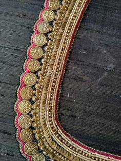 Wedding Saree Blouse Designs, Pattu Saree Blouse Designs, Blouse Designs Silk, Designer Blouse Patterns, Kids Blouse Designs, Hand Work Blouse Design, Simple Blouse Designs, Kurti Embroidery Design, Embroidery Neck Designs