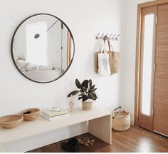 Lovely Get organized in the new year! Warm Minimal Entryway Inspiration – Almost Makes Perfect The post Get organized in the new year! Warm Minimal Entryway Inspiration – Almost Makes … appeared first on Home Decor Designs Trends . Home Decor Inspiration, House Design, Interior, Interior Inspiration, Home Decor, House Interior, Minimalist Entryway, Interior Design, Minimalist Home