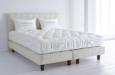 The fine natural fillings of the Herald Superb mattress ensure a peaceful night's rest, coupled with the timeless style of a bespoke bed by Vispring.
