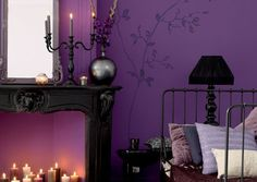 Gorgeous purple/black bedroom #gothic