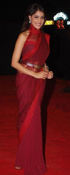saree and halter blouse plus belt