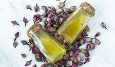 Badeöl mit Olivenöl. Tue deiner Haut und deiner Seele etwas Gutes und hol dir jetzt das Rezept auf dem Blog! #diybeauty #badeöl #olivenöl Blog, Beauty, Diy Crafts, Recipe, Beleza, Blogging, Cosmetology