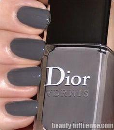 dior gris montaigne nail lacquer. love gray.