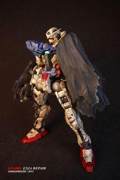 MG 1/100 Gundam Exia Modeled by Ian Gardose