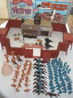 {Searching for kids toy tips? Vintage Toys 1970s, 1960s Toys, Retro Toys, 1980s, Childhood Toys, Childhood Memories, Forte Apache, Army Men Toys, Toy R