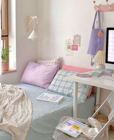 Cozy Room, Study Room Decor, Room Inspiration Bedroom, Pastel Room, Room Inspiration, Indie Room, Bedroom Decor, Aesthetic Bedroom, Room Decor