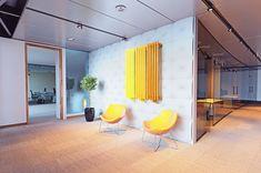 Grzejnik LAZUR charakteryzuje się prostotą wykonania. Styl ułożenia pionowych profili tworzy elegancki wygląd który wkomponuje się w proste jak i nowoczesne wnętrza. Grzejnik ten jest smukły i elegancki a zarazem bardzo wydajny w ogrzewaniu. Divider, Room, Furniture, Home Decor, Bedroom, Decoration Home, Room Decor, Rooms, Home Furnishings