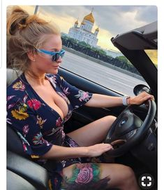 Delightful collection of girls showing off some downblouse cleavage : theCHIVE Sexy Tattoos, Girl Tattoos, Fitness Tattoo, Bmw 335i, Sexy Girl, Models, Car Girls, Sunglasses Women, Sexy Women