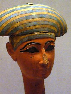 Egyptian Mask, Egyptian Mummies, Ancient Egyptian Art, Ancient History, Egypt Mummy, Egyptian Fashion, Face Images, Masks Art, Ancient Artifacts