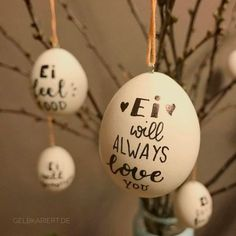 Ei like it - Ostereier mal anders Painting Easter Eggs, DIY Idea Easter, Easter Decor, Easter Eggs w Easter Crafts, Kids Crafts, Diy And Crafts, Creative Crafts, Yarn Crafts, Hoppy Easter, Easter Eggs, Spring Decoration, Hand Lettering For Beginners
