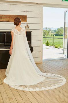 Wedding Jacket, Bridesmaid Dresses, Wedding Dresses, Bridal Accessories, Wraps, Romantic, Jackets, Fashion, Bride Maid Dresses