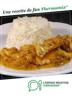Poulet aux cacahuètes Peanut chicken by Damy. A fan recipe to find in the Meat category on www.espace-recett …, from Thermomix®. Rice Noodle Recipes, Chicken Rice Recipes, Rice Cooker Recipes, Cooking Turkey, Cooking Rice, Cooking Bacon, Cooking Games, Cooking Classes, Jars