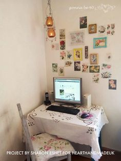 How to make a vintage postcard wall - home office feature