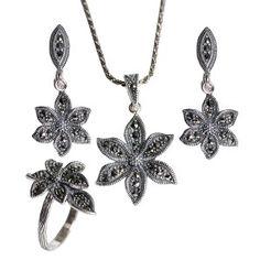Markazıt taşlı, çiçek motifli, 925 ayar gümüş bayan seti