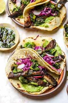 Portobello Mushroom Tacos with Charred Scallion Salsa Verde are a vegan and gluten free riff on classic Carne Asada tacos. Portobello Mushroom Tacos with Charred Scallion Salsa Verde are a vegan and gluten free riff on classic Carne Asada tacos. Mexican Food Recipes, Vegetarian Recipes, Cooking Recipes, Healthy Recipes, Vegetarian Tacos, Vegetarian Barbecue, Vegetarian Cooking, Drink Recipes, Healthy Grilling
