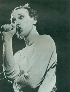 Magazine: Howard Devoto photo by Kevin Cummins, ca 1978