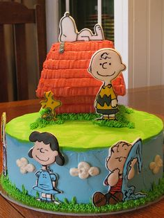 The Peanuts Movie Party Ideas Snoopy Birthday, Snoopy Party, Happy Birthday, Birthday Cake, Bolo Snoopy, Snoopy Cake, Peanuts Gang, Peanuts Movie, Peanuts Cartoon