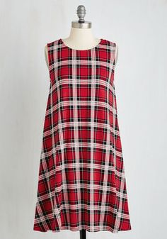 Thesis How We Do Dress. After all your hard work, you approach the podium in this precious plaid dress looking ready to tackle the group presentation! #red #modcloth