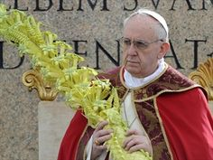 Pope-Francis-with-woven-Palm-Fronds.jpg (316×237)