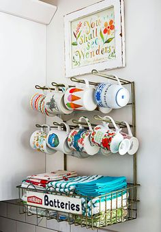 26 Creative Ideas to Turn Flea-Market Finds into Simple DIY Storage Diy Kitchen Storage, Diy Storage, Storage Ideas, Kitchen Decor, Diy Organization, Storage Solutions, Storage Chest, Organizing, Kitchen Ideas