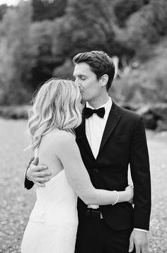 Chic Backyard Wedding In Washington