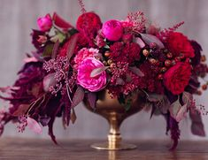 Artistic wedding inspiration from fine art photographer Peaches and Mint, with a still life inspired table in rich berry tones and fall florals! Purple Wedding Bouquets, Floral Wedding, Wedding Colors, Wedding Flowers, Floral Centerpieces, Wedding Centerpieces, Floral Arrangements, Berry Wedding, Wedding Day