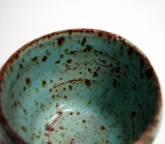 Handmade Little Green Japanese Tea Cup--love the speckled teal glaze! Ceramic Tableware, Ceramic Cups, Ceramic Pottery, Ceramic Art, Earthenware, Stoneware, Japanese Tea Cups, Clay Cup, Zen