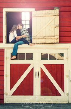 My first boyfriend lived on a farm with a big ol' red barn. Country Engagement, Engagement Couple, Engagement Pictures, Engagement Shoots, Wedding Pictures, Fall Engagement, Wedding Ideas, Country Couples, Cute Couples