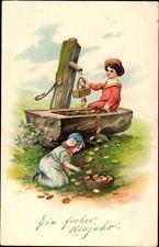 Präge Ak Glückwunsch Neujahr, Kinder, Brunnen, Münzen - 939207
