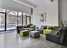 Spectaculaire loft de type maison de ville sur trois niveaux (rez-de-chaussée, mezzanine, niveau inférieur) situé dans le quartier Rosemont/Petite Patrie à Montréal.Très spacieux (3156 p2 bruts) et aux volumes impressionnants. 3 chambres + 2 salons + 2 bureaux.Projet créé par les architectes de la firme Saucier+Perrotte en 2012.Situé en plein coeur du Mile-Ex (Petite-Italie), à …