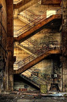 http://gruppi.chatta.it/gli-amici-di-letithia/forum/emozionamoci-con-le-immagini/2011126/paesaggi-urbani/tutti.aspx?pcount=30