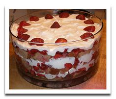 Strawberry Shortcake Cheesecake Easter Trifle.