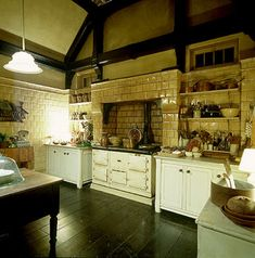 It's A Wannabe Decorator's Life:Practical Magic Kitchen