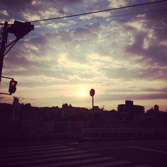 tatm123 on PIXMOS  sun rise  http://pixmos.net/photo/112562670666330364
