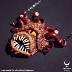 Colgante Contemplador.. Algún fan de D&D por aquí?  . . . . #geektributehandmade #polymerclay #polymer_clay #arcillapolimerica #fimo #clay #polymer #etsy #etsyshop #hechoamano #handmadejewelry #handmade #geekycrafts #polymerclayart #sculpture #dungeonsanddragons #dragonesymazmorras #art #accessory #jewelry #alternative #beholder #monster #horror #monstersculpture #weirdsculpture