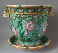 Minton, Majolica (Erdinç Bakla archive) Passion fruit flowers and lion heads.