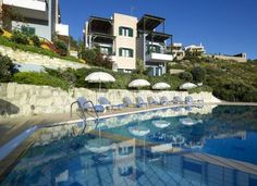 Erivolos Studios & Apartments Lygaria, Agia Pelagia Erivolos studios are located just 150 metres from Lygaria beach, offering the guest a unique mountain and sea view, in a quiet and relaxing setting near the sea.