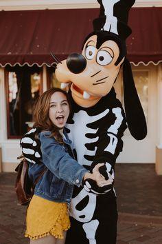 Disneyland Photography, Disneyland Photos, Disneyland Trip, Disney Halloween Parties, Disneyland Halloween, Disney World Magic Kingdom, Disney Magic, Disney Land, Disney Characters Costumes
