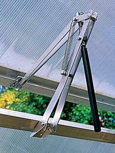Automatic Greenhouse Vent Opener | Gardener's Supply