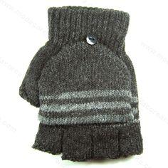 #Unnie #FelizJueves tal vez seas como quienes empezamos a sentir el frío por estos días. Para apaciguar las bajas temperaturas que te parecen estos guantes que se llevan bien contigo, con tu estilo de vida y también con tu teléfono.   Se acepta Mercadopago. http://www.modacoreana.com/guantes-sin-dedos-smartphone-friendly-con-capucha-57708494xJM  Envíos económicos e internacionales: https://www.kichink.com/buy/825004/modacoreana/guantes-sin-dedos-smartphone-friendly-con-capucha