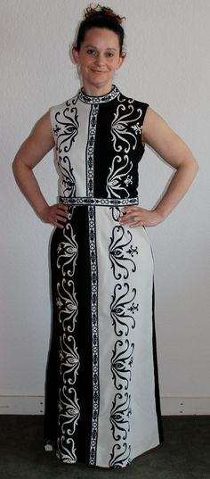 THIS IS SO COOL. Black and white vintage 70s floor-length column dress. Literally season-less.  Vintage R and K Knits black & white color by SecretVintageSpy, $100.00