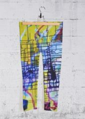 FANTACY STREETS: Yoga Capri Pants What a beautiful product!